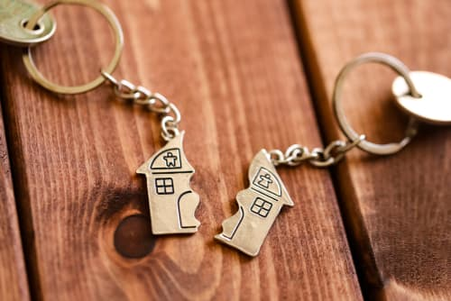 Common Divorce Questions: What About the House?